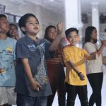 5196 Salah satu adegan tarian drama musikal kolaborasi anak ibadah Kids, Teens dan Youth