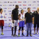 Vanissa berfoto bersama Anies Baswedan dan salah satu legenda NBA, Jason Richadson