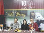 Kiri-kanan, Ev. Peter Rahadi, Tuti Wong dan Jonathan Prawira ketika konfrensi pers