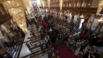 Paus-saat-mengunjungi-Katedral-Syro-di-Baghdad