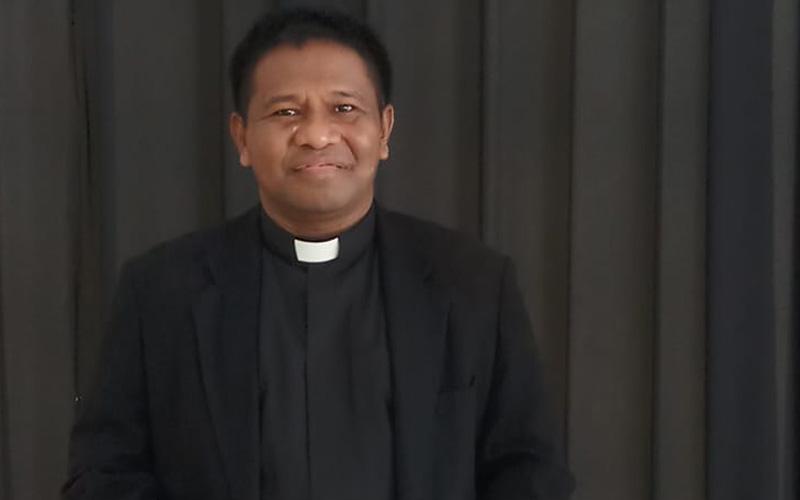 Ketua Sinode GPM Pdt. E.T. Maspaitella