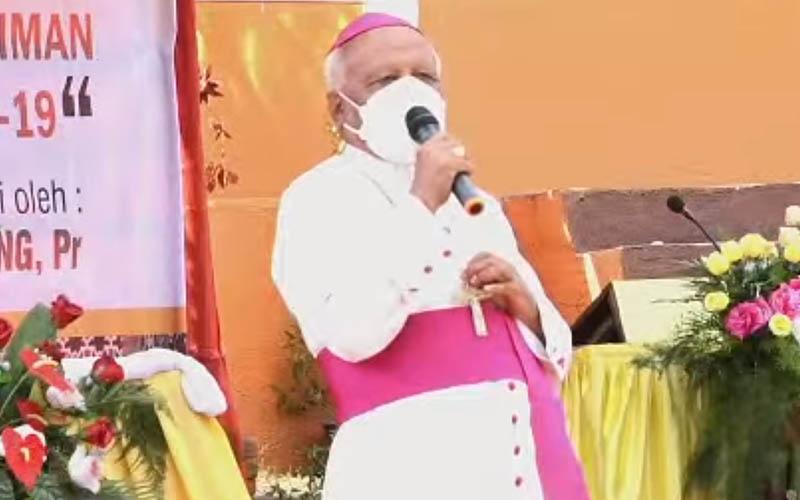 Uskup Larantuka Mgr Fransiskus Kopong Kung
